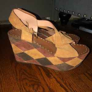Beautiful and on perfect condition wedge sandals